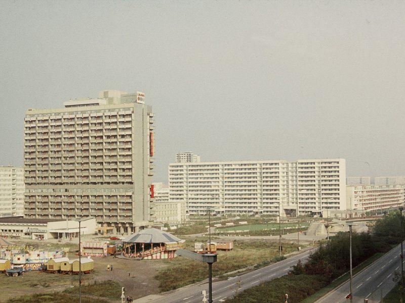 Magistrale mit Zirkus - 1976